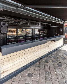 DiVino Festival Container by suto via Behance Container Bar, Container Coffee Shop, Container Design, Shipping Container Restaurant, Shipping Container Buildings, Shipping Container Homes, Cafe Interior Design, Cafe Design, Cafe Restaurant