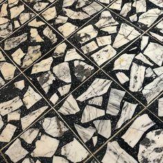 Black and White Palladiana Terrazzo Ceramic Floor Tiles, Bathroom Floor Tiles, Terrazzo Tile, Floor Patterns, Textures Patterns, Floor Design, Tile Design, Terrazo Flooring, Interior Design