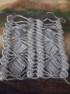 This Pin was discovered by Iri Hairpin Lace Crochet, Crochet Motif, Crochet Shawl, Crochet Baby, Baby Blanket Crochet, Knit Crochet, Diy Crafts Knitting, Diy Crafts Crochet, Crochet Doilies