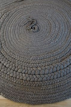 braided rug - love the varying braided thicknesses