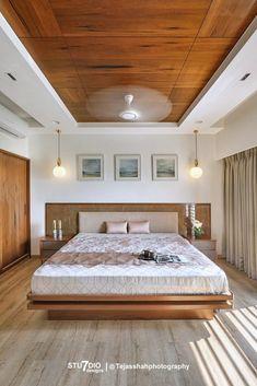 Indian Bedroom Design, Indian Bedroom Decor, Simple Bedroom Design, Luxury Bedroom Design, Master Bedroom Interior, Room Design Bedroom, Bedroom Furniture Design, Design Room, Door Design