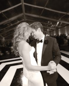 JoJo and Eric's Wedding Party for the Ages - Real Weddings - Martha Stewart Weddings