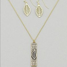 ❤️ 1 HOUR SALE Leaf/Bar Earring & Necklace Set Antique Gold/Gold Tone Textured Leaf/Bar Earring & Necklace Set.  Necklace is approx. 10.75 inches long with an extension of approx. 3.25 inches long. Jewelry Necklaces