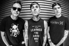 Blink 182 on tour.