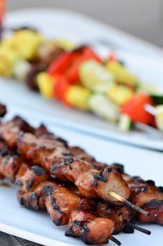 Emily's Pork Kabobs - from Cuinary Mamas #kabobs #kebabs Kabob Recipes, Grilling Recipes, Pork Recipes, Grilling Ideas, Grilled Steak Recipes, Grilled Pork, Antipasto, Pork Kabobs, Skewers