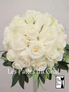 ウェディングフラワーセレクトショップ ~レ・パデュシャ~(WeddingFlowerSelectshop ~Les Pattes du Chat~)... ホワイトのラウンドブーケ