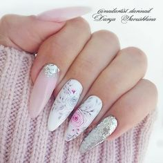 Nail art Christmas - the festive spirit on the nails. Over 70 creative ideas and tutorials - My Nails Nail Art Hacks, Nail Art Diy, Hot Nails, Hair And Nails, Cute Christmas Nails, Christmas Decor, Nagellack Trends, Cute Acrylic Nails, Flower Nails