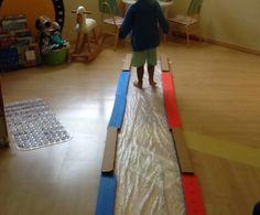 Brincadeiras para ajudar a processar os sentidos e a coordenação motora com imaginação: caminhos sensoriais