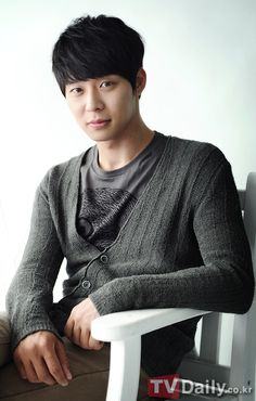 JYJ's Yoochun wins 2 individual awards from '2012 Seoul International Drama Awards'