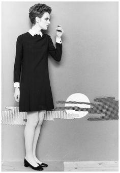 Grace Coddington in black jersey dress by Daniel Hechter. Hamburg in 1967. Photo F.C.Gundlach
