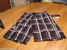 Mouse over image to zoom       Sell one like this  Youth Boy's Board shorts Hurley 6 NWT NEW black surf skate14855022-01 $38.00