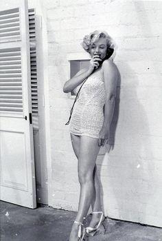 My 100 favorite pictures of Marilyn Monroe list