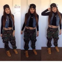 camouflage-shoes-black-timberlands-camo+pants-cute-army+pants-crop+tops-gold+chain-timbs-army+green-camoflauge+pants-army+green+pants-joggers+pants-joggers-joggersweatpants-cropped.