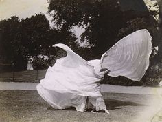 Loie Fuller Dancing - Samuel Joshua Beckett - c. 1900 Met Museum More photos of Loie Fuller here.