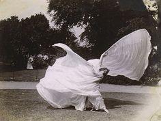 Loie Fuller Dancing - Samuel Joshua Beckett - c. 1900 Met Museum More photos of Loie Fuller here.
