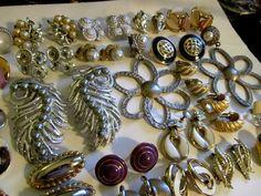 HI QUALITY Vintage Earrings 25 pr.LOT Parure Therma-set  Trifari Coro Sarah Cov  #TrifariSaraCoventryCoro