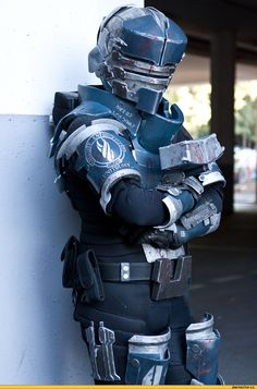 Thinking of making this for supernova 2016 if you come see you there. (Dead Space 2 Isaac Clark) J