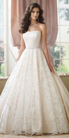 I would sooo wear this on my wedding day!!! :-)
