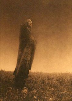 """Crying to the Spirits"" [Hidatsa] ,1909 - Edward Sheriff Curtis (1868-1952) - (The North American Indian, v. IV. Cambridge, MA: The University Press, 1909)"