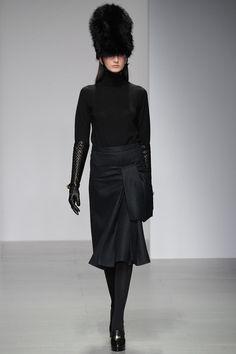 Daks | Fall 2014 Ready-to-Wear Collection | Style.com #Minimalist #Minimalism #Fashion