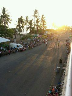 Carnavales de Puntarenas Costa Rica: preparándose para recibir  las alegres  comparsas