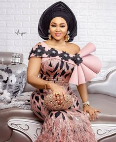 40 African Fashion Party Dresses : Sparkly Sweetheart Styles to Look Glamour. Hi ladies, check out this collection of African fashion party dresses designs for your weekend vibes. African Fashion Ankara, Latest African Fashion Dresses, African Print Fashion, Africa Fashion, African Prints, African Fabric, Lace Gown Styles, Ankara Gown Styles, Ankara Gowns