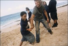Lost -- Josh Holloway and Malcolm Kelley behind the scenes