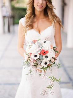 Bouquet perfection | San Juan Capistrano Wedding from Captured by Aimee  Read more - http://www.stylemepretty.com/california-weddings/2013/08/26/san-juan-capistrano-wedding-from-captured-by-aimee/