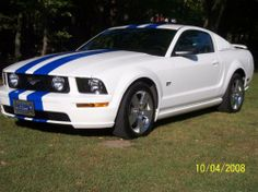 """ford mustang cream color 
