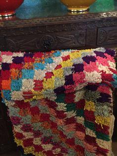 Alfombras artesanales #blochewit #algodon #telas #noalergias. Www.tarecoslapalma.com