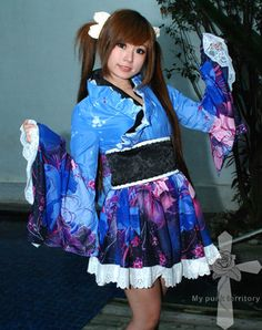 Gothic Lolita Geisha Blue Sakura Kimono. Absolutely love it - the colors and frills are to die for~