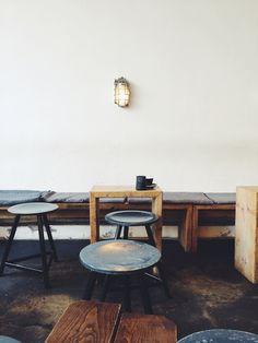 The Barn – En dekorativ og duftende kaffebar i Berlin #coffeeshop #coffee #shop #berlin #thebarn #shopping #indretning #interior