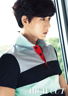 Actor Park Hae Jin graced the pages of High Cut for their issue, sporting various golf outfits. Wearing French golf wear Le Coq Sportif Golf, Park Hae Jin showed off his great figure, transforming into a romantic golfer. Korean Wave, Korean Star, Korean Men, Korean Actors, Asian Men, Korean Dramas, Asian Boys, Korean Celebrities, Asian Actors