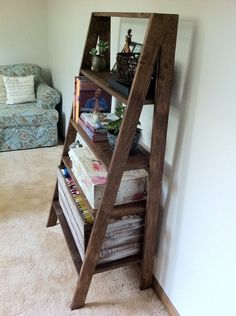 (1) Estante Escalera Baño Living. Pizarrón Mesa Ratona Madera - $ 1.600,00 en MercadoLibre Bed Plans, Table Plans, White Ladder Bookshelf, Bookshelves, Furniture Projects, Home Projects, Pallet Projects, Hanging Files, Do It Yourself Home