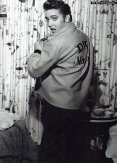 Elvis in his hotel room in Las Vegas in may 1956.