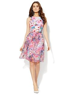 Shop Scuba Dress with Organza Skirt . Find your perfect size online at the best price at New York & Company.