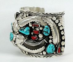 Hand made Native American Indian Jewelry; Navajo Sterling Silver Bear Claw bracelet