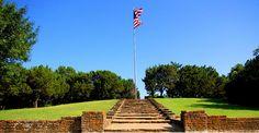 Flag Pole Hill (Dallas Tx) by Knightshot64, via Flickr