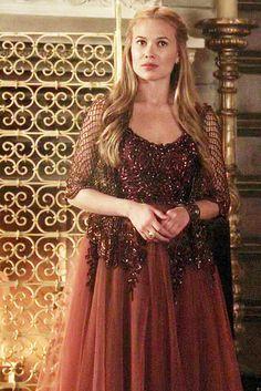 Celina Sinden [as Lady Greer]
