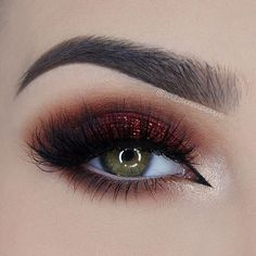 Our new  Flaming love  palette used to create this look by @miaumauve. She used the colours Savannah desert, Brownie and Whisper How gorgeous?!  #flaminglovepalette #makeupaddictioncosmetics