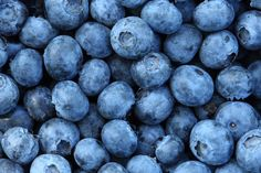 Vibrant, deep colors mean they're high in antioxidant compounds. Especially high in heart-protective carotenoids and flavonoids, and they encourage heart, memory and urinary-tract health. Contain high levels of vitamins C and E.