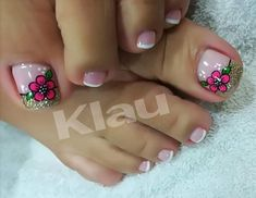 Discover recipes, home ideas, style inspiration and other ideas to try. Pretty Toe Nails, Cute Toe Nails, Hot Nails, Aycrlic Nails, Hair And Nails, Pedicure Designs, Pedicure Nail Art, Toe Nail Designs, Toe Nail Art
