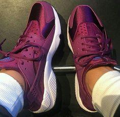 Nike Huarache ♥ @janaeadrien