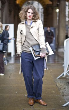 trench coat with Grey MARGARET HOWELL Sweater