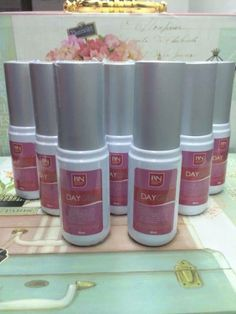 BN Day Gel with is everybody's favorite because of its water-based formulation so it guarantees a non-sticky feeling( best even with makeup on). whitens face as it protects! Make Beauty, Whitening, Faces, Day, Amazing, Makeup, Products, Make Up, The Face