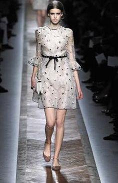 Collezione Valentino primavera 2011 - Paris Fashion Week