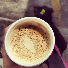 #cafe #espresso #coffee #coffeetime #coffeegeek #coffeeporn #coffeeholic #coffeelovers #coffeeoftheday #coffeeaddiction #cafecominstagram #instacafe #instacoffee #instacool #1_cafe #cappuccino #coffee #pretinho #barista #espresso #cafeina #instacafe #instacoffee #cafeteria #cafenoinstagram #igerscaneca #cheirinhodecafé #umcafeporfavor #loucosporcafé #igcoffee #slowcoffee #coffeefreak