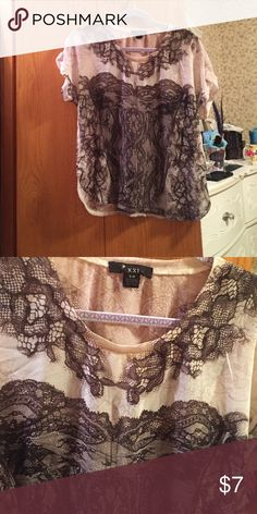 Shirt Forever 21 size small Forever 21 Tops Blouses