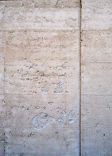 Rammed earth - Wikipedia, the free encyclopedia
