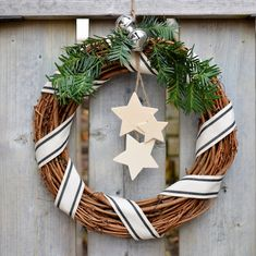 DIY - Rustic Wreath